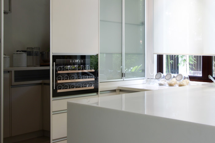 cavin-scandinavian-collection-18-black-kitchen